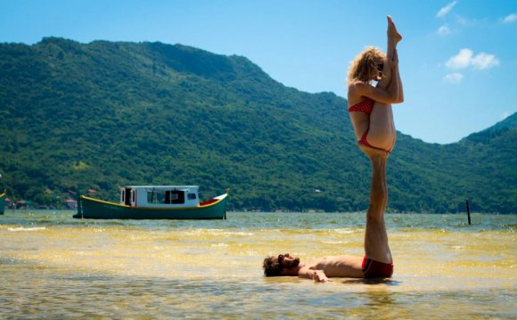 1+ images about ACRO YOGA