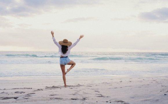 4 Festive Yoga Poses to