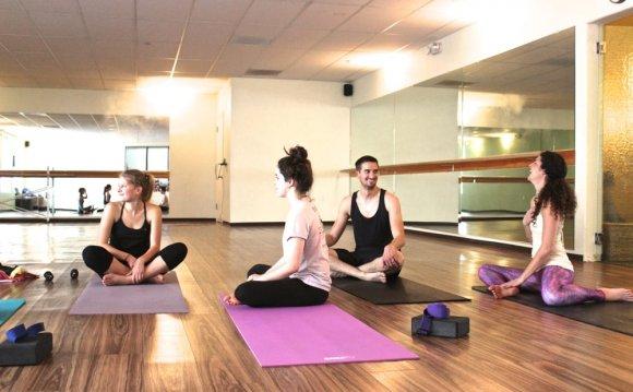 Spark Yoga - 20 Photos & 32