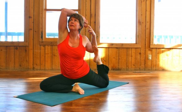 Top 7 Yoga Poses for Skiers