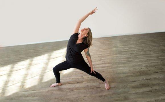Saraswati s Yoga Joint