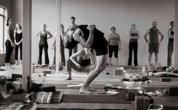 Noah Maze s Weekend Yoga