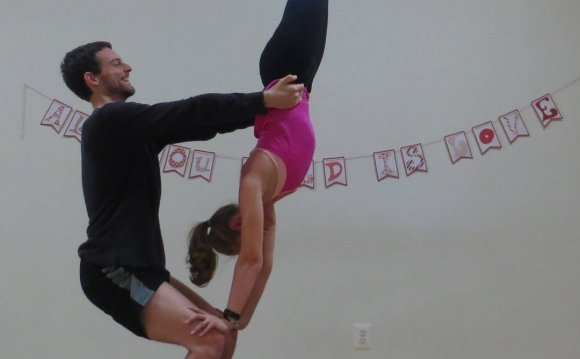 Acro Yoga poses Virginia